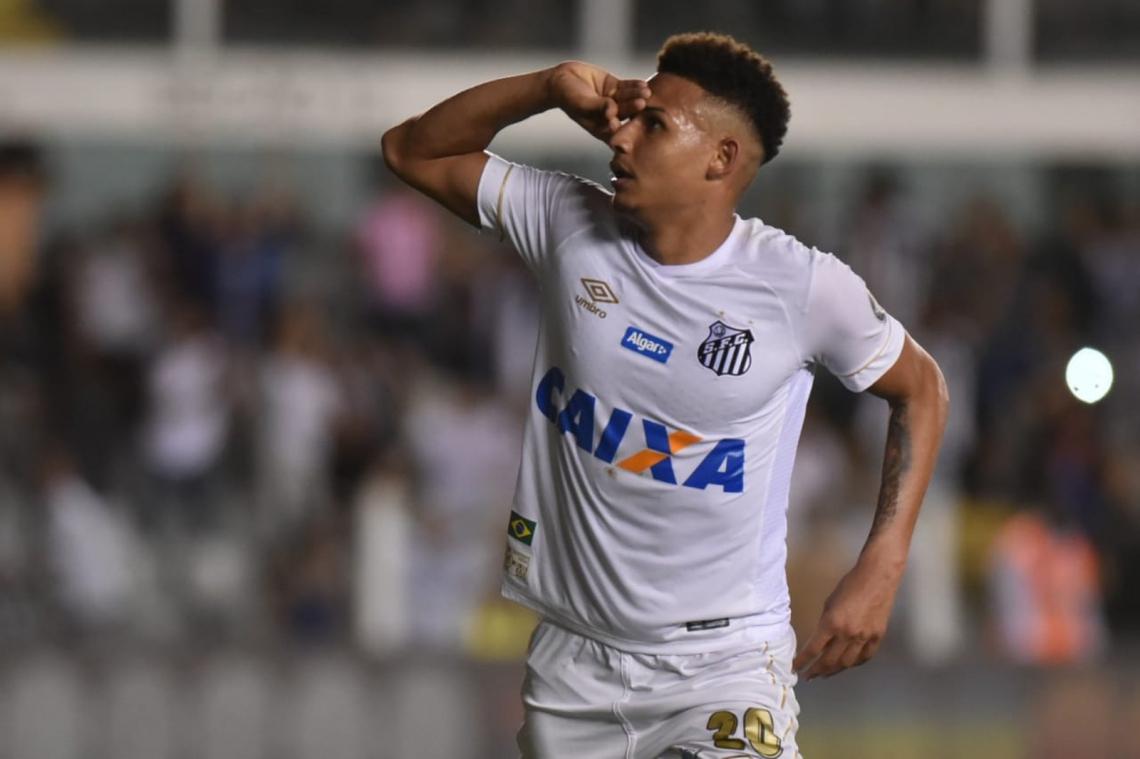 Felippe disputou sete jogos nesta temporada pelo Peixe não marcou gol