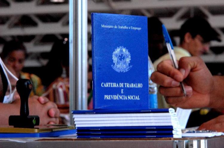 A taxa de desocupação, no Ceará, passou de 11,4% para 10,9% no segundo trimestre deste ano