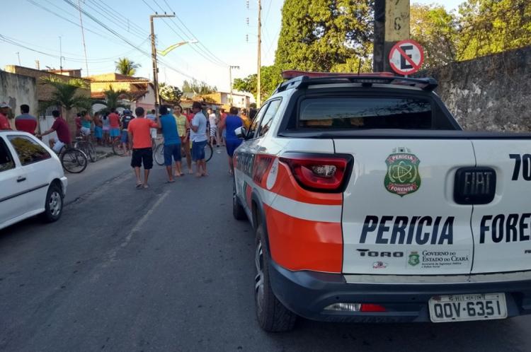 Diego Castro dos Santos, 24 anos, e Ramon Santos do Carmo, 21, foram alvejados por tiros na Rua Baturité, em Horizonte