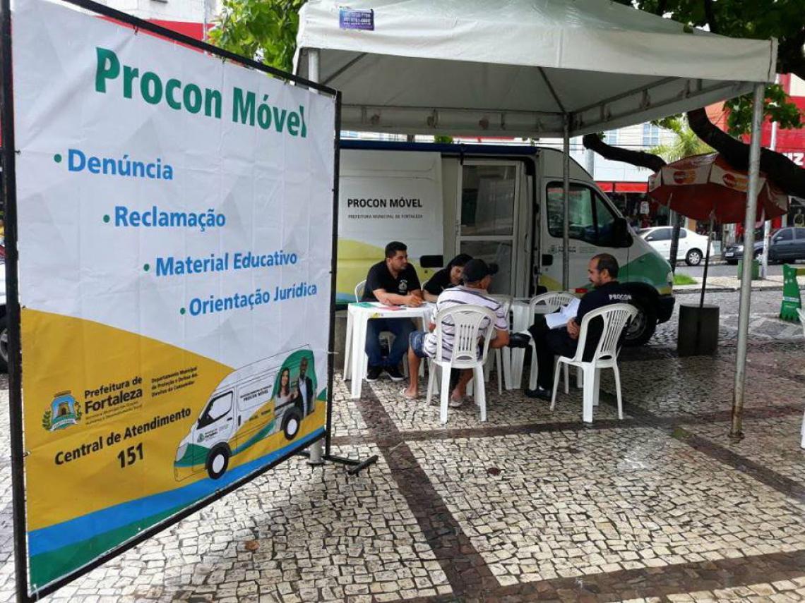 """A """"Ação Férias Legal"""" inicia nesta terça-feira (2/7), das 17h às 20h, na Feirinha de Artesanato da Beira Mar. O atendimento segue em pontos turísticos da Capital até o dia 27 de julho."""