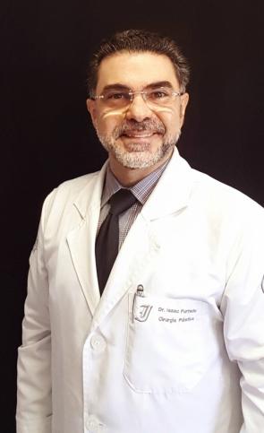 Cirurgião plástico Isaac Furtado