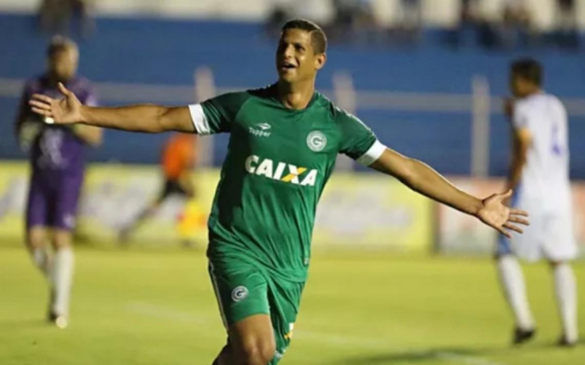 Lucão viveu seu melhor momento atuando pelo Goiás, em 2018.