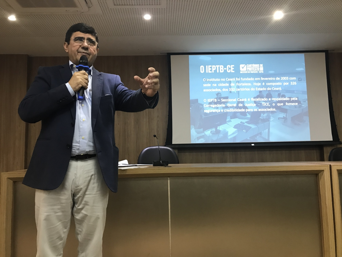 SAMUEL ARARIPE apresenta dados dos títulos em cartório do Ceará
