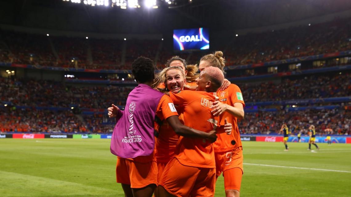 Groenen marcou nos acréscimos e classificou a Holanda para a final