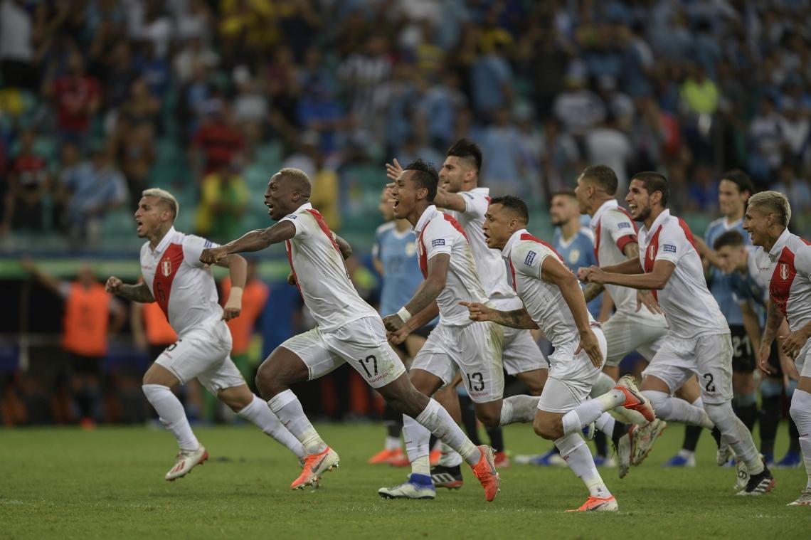 Chile x Peru: acompanhe transmissão ao vivo do jogo de hoje, quarta, 3 de julho (03/07)