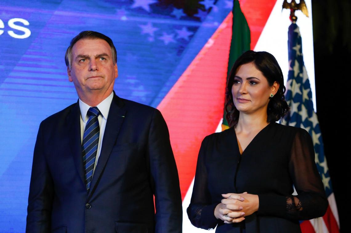 BOLSONARO, acompanhado da primeira-dama, Michelle, participou ontem de evento em comemoração aos 243 anos da independência dos EUA