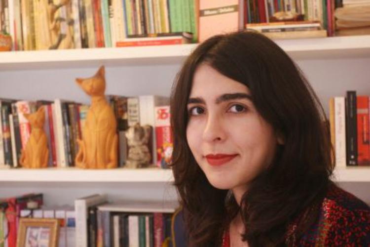 Tércia Montenegro é escritora, fotógrafa e professora do curso de Letras da Universidade Federal do Ceará (UFC). Publica crônicas aos domingos, quinzenalmente, no Jornal O POVO (Foto: Divulgação)