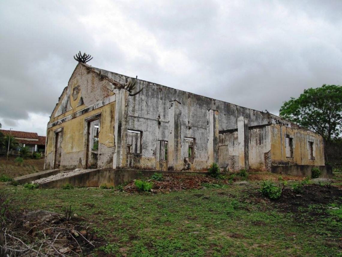 PESSOAS FAMINTAS que tentavam chegar à Capital eram mantidas nos campos de concentração, mais conhecidos como currais do governo, sob vigilância de soldados
