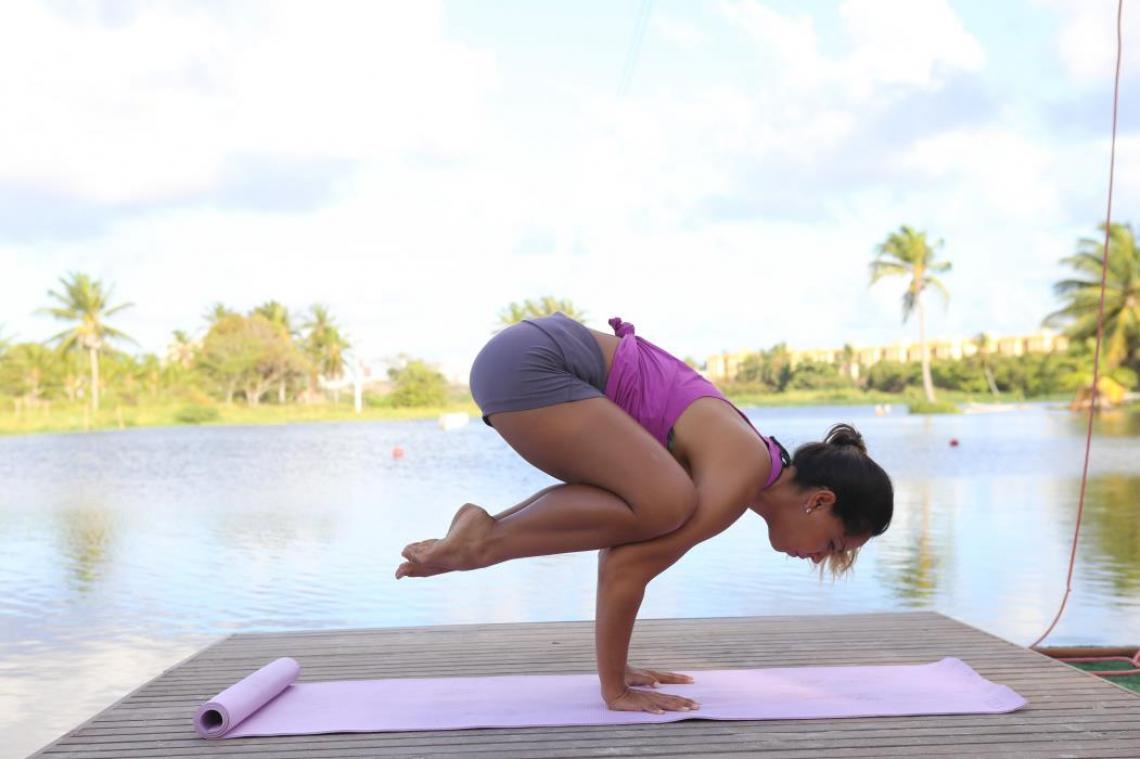 Prática de ioga na natureza