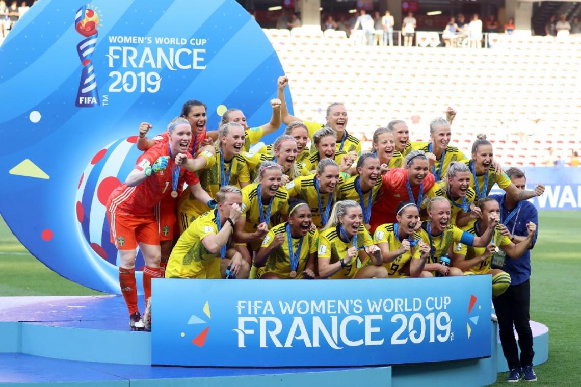 TIME DA SUÉCIA durante a cerimônia de vitória do terceiro lugar da Copa do Mundo Feminino