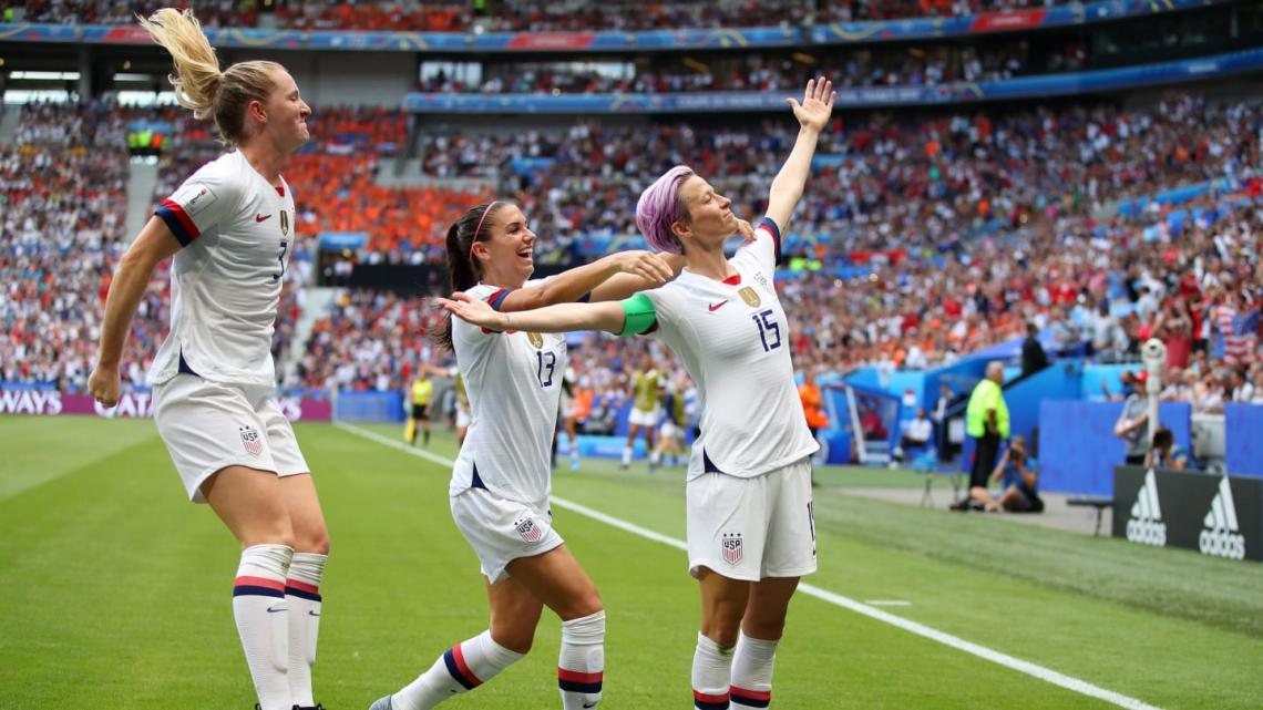 Rapinoe fez o primeiro gol dos EUA, em cobrança de pênalti