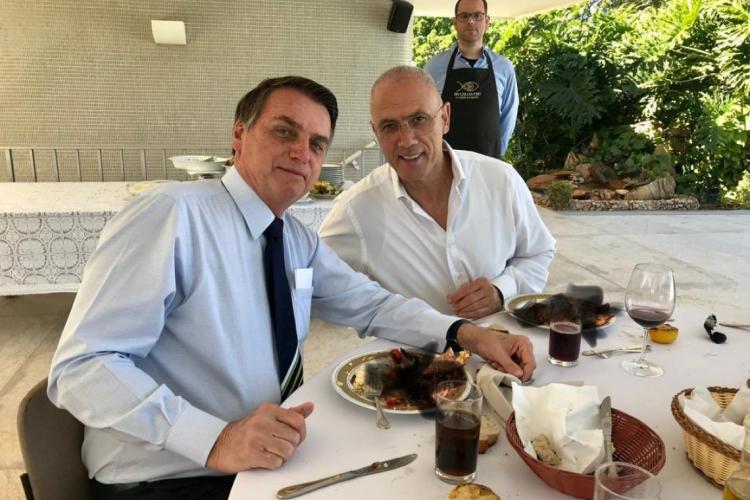 Embaixada de Israel publica foto em prato do almoço de Bolsonaro aparece borrado.  (Foto: reprodução/Twitter)