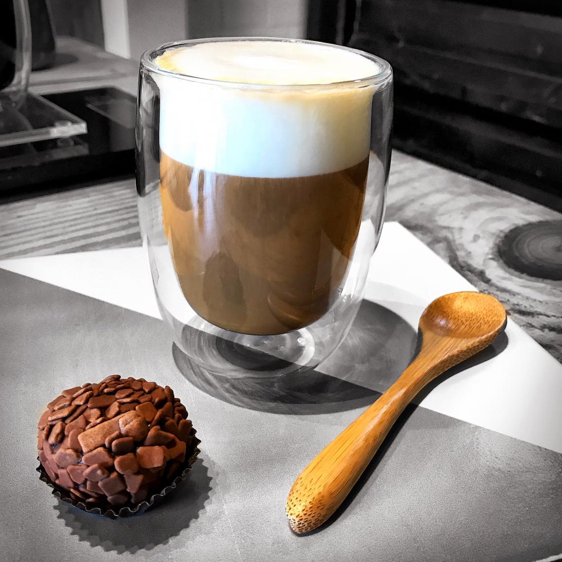 O  Cibo Café é conduzido pelo chef Rodrigo Holanda e pela nutricionista Rafaele Zanita