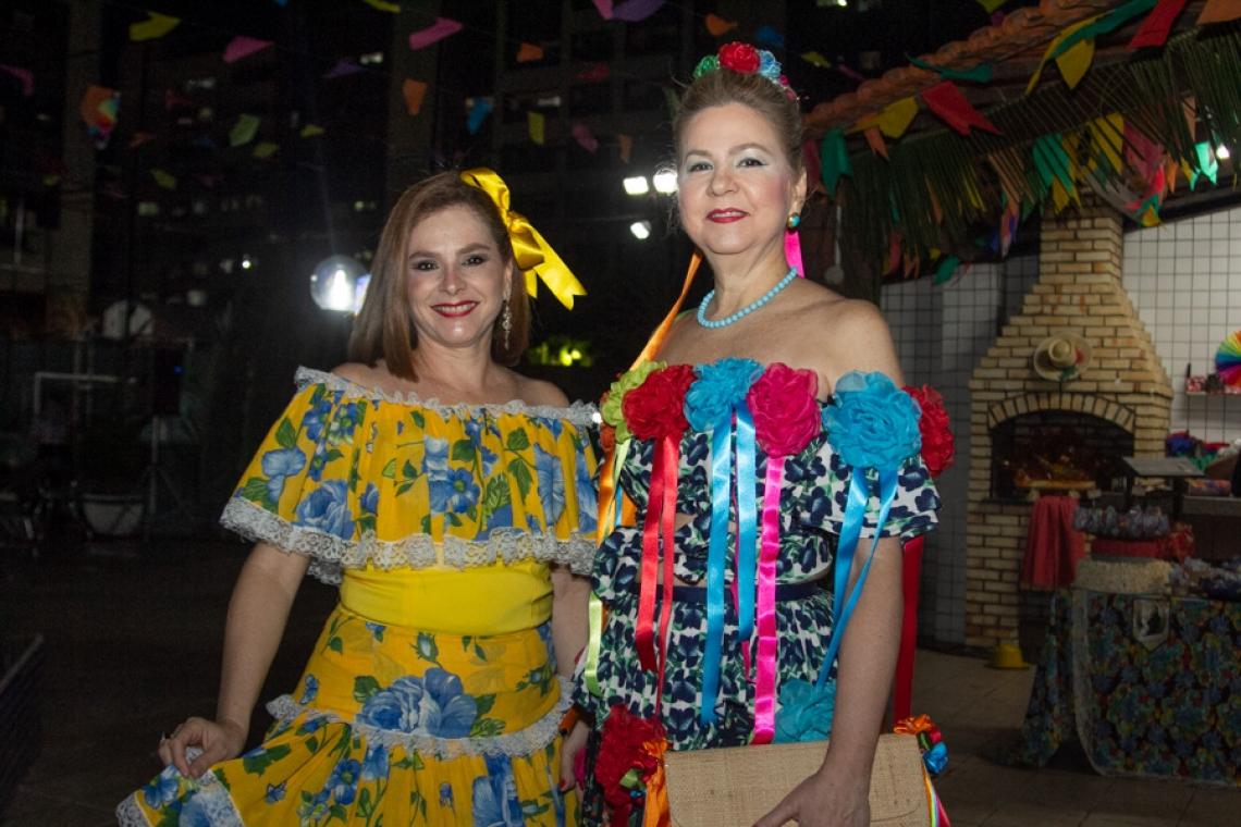 Karísia Teixeira e Alexandrina Aguiar