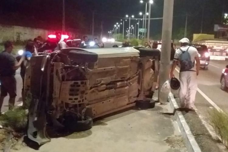 Mãe de 46 anos e filha de 10 anos tiveram ferimentos leves e foram atendidas na UPA do Eusébio, na noite dessa quinta-feira, 11  (Foto: via WhatsApp O POVO)