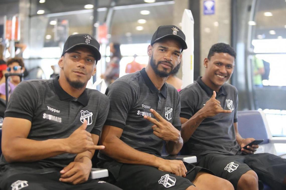 Ceará viajou com 20 jogadores na delegação.
