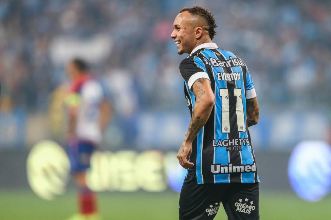 Atualmente na seleção brasileira, o cearense Éverton Cebolinha está fora da partida