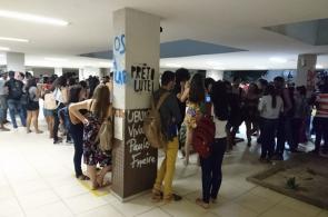 ALUNOS da Unilab protestam conta decisão do governo federal