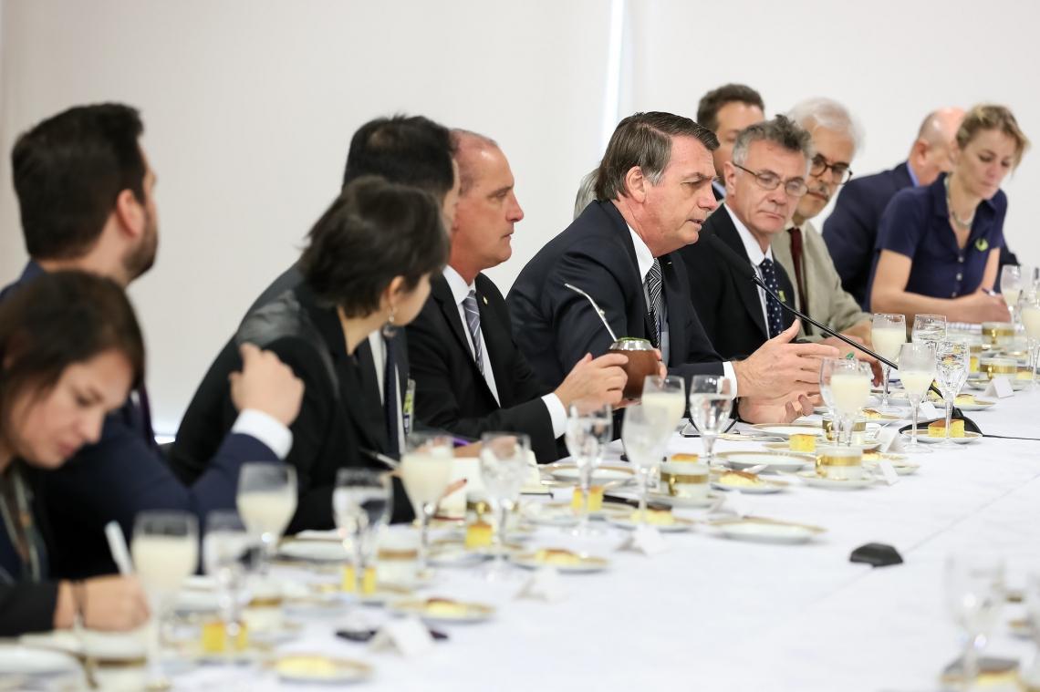 Presidente participou de café da manhã com jornalistas