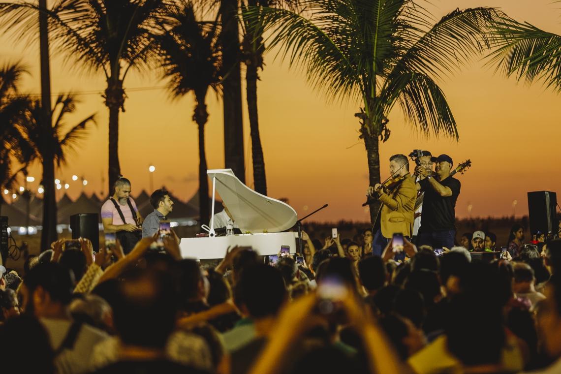 No último domingo, o projeto recebeu o violinista Daniel Barros e outros artistas
