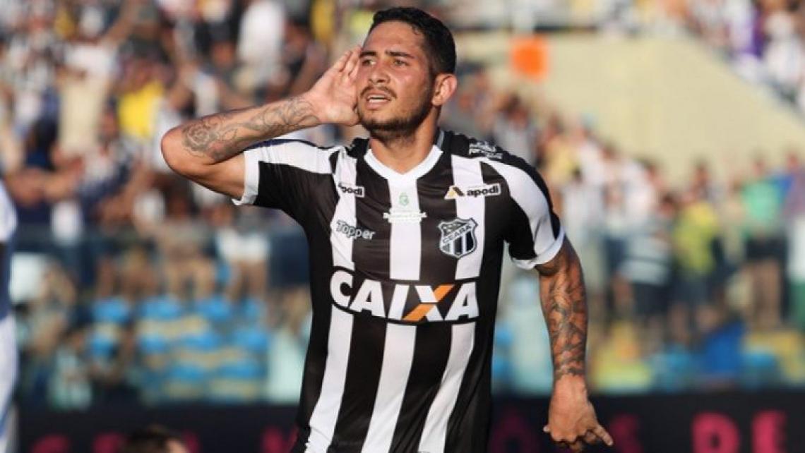 Leandro Carvalho marcou para o Ceará contra o Palmeiras