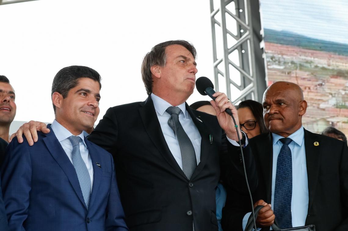 ACM Neto participou da inauguração ao lado de Bolsonaro
