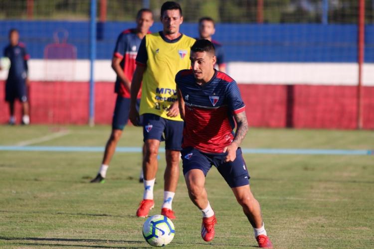 Vazquez é um dos candidatos a ficar com a vaga de Juninho, que desfalca o time no domingo.  (Foto: Xandy Rodrigues/Fortaleza/Divulgação)