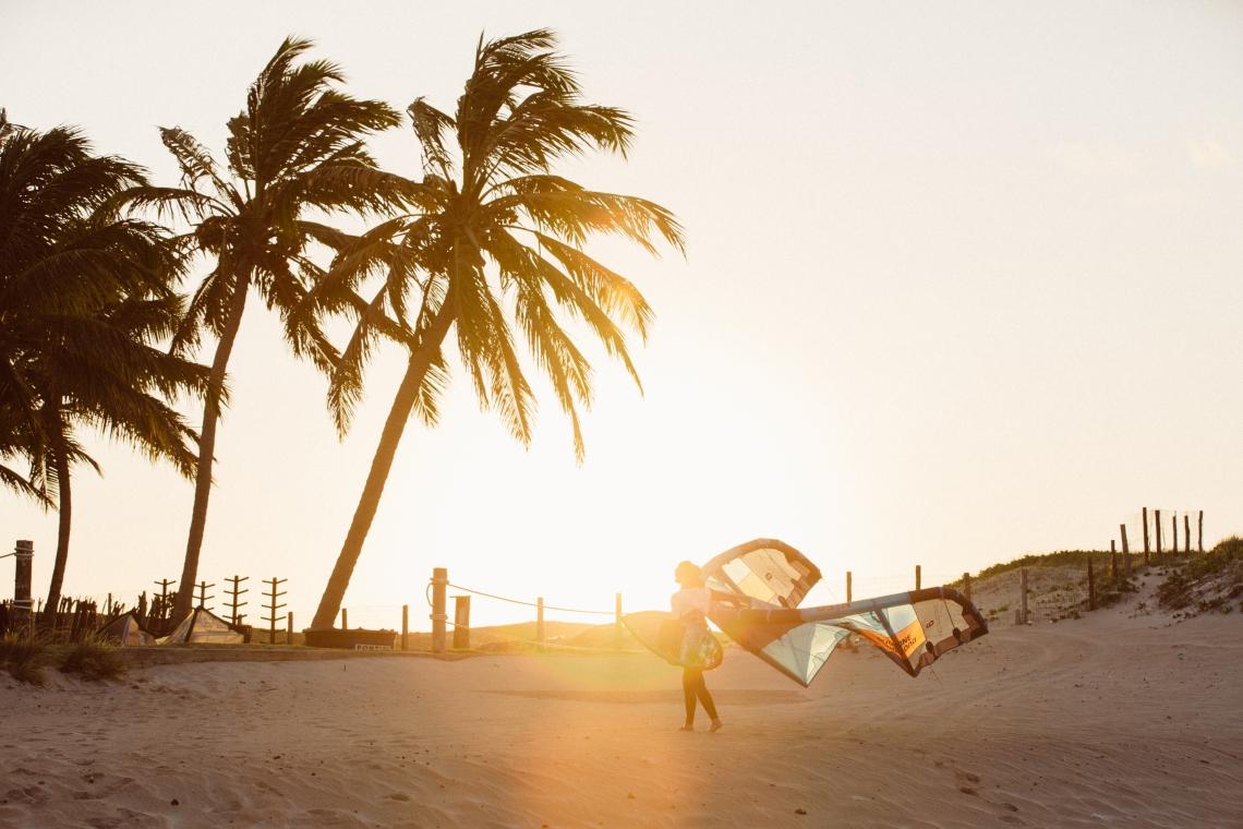 Praia do Preá, no Ceará, é conhecida como 'meca' do kitesurfe