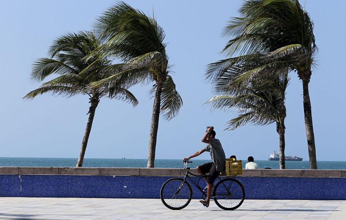Ventos fortes devem atingir as praias do Ceará