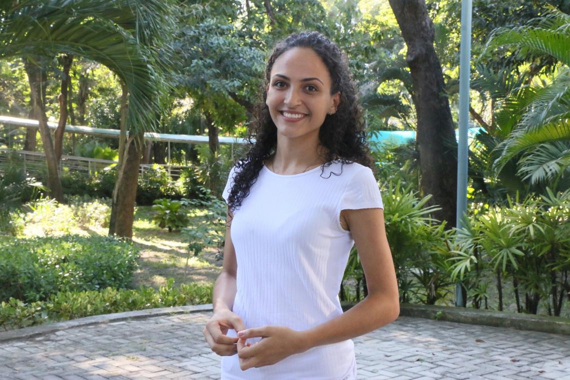 A ex-aluna do Academia Enem, Natália Martins, foi selecionada para estudar em Manchester, na Inglaterra