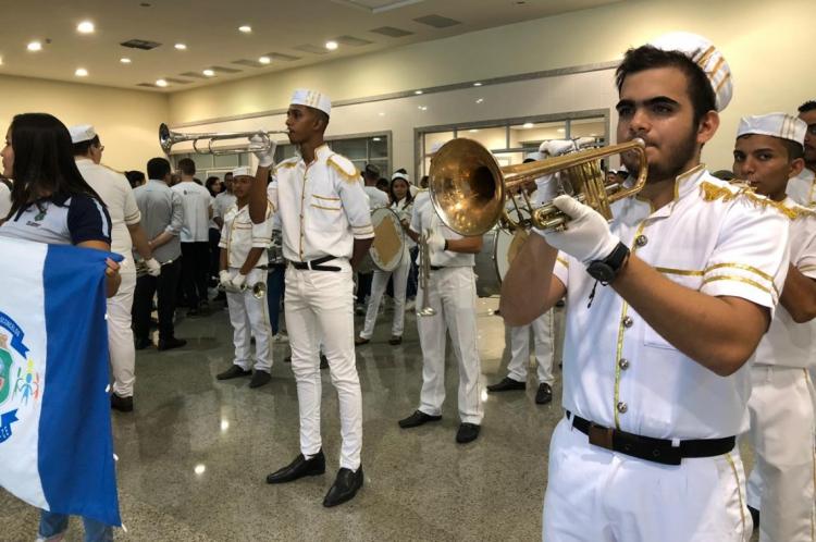Cerimônia de lançamento da 4ª edição do AoGosto do Aluno contou com entrega de instrumentos para fanfarras de escolas estaduais.