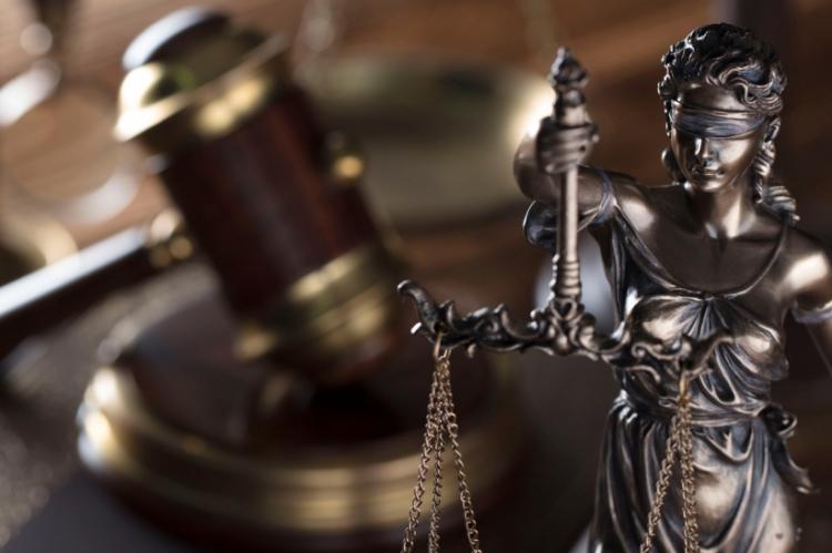 A denúncia do Ministério Público do Ceará (MPCE) aponta o acusado como parte de uma organização criminosa responsável por fraudar dinheiro do governo.
