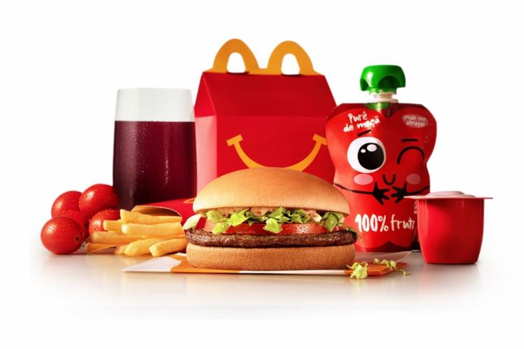 As novas opções do cardápio do McLanche Feliz.  (Foto: Divulgação/ McDonald's )