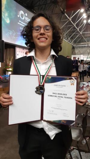 O cearense ficou com a medalha de bronze na olimpíada internacional