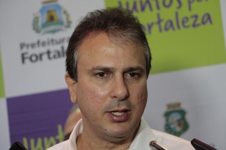 """Para o governador, projetos como """"Ceará pacífico"""" contribuem para reduzir a """"sensação de insegurança"""" da população"""