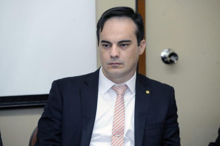 Deputado cearense adicionou à proposta determinação de que as armas apreendidas em operações de combate ao tráfico sejam destinadas para órgãos de segurança pública ou para as Forças Armadas