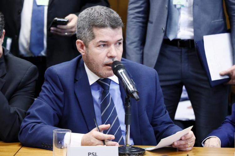 Delegado Waldir é líder do PSL na Câmara