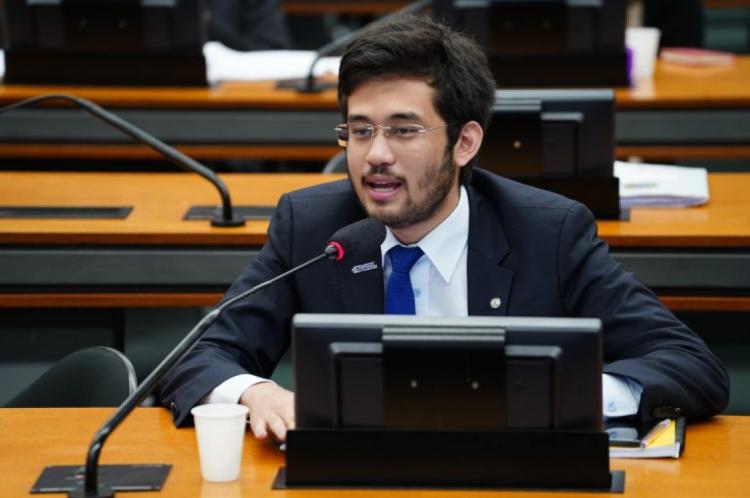 Kim Kataguiri (DEM-PR) foi o relator da proposta
