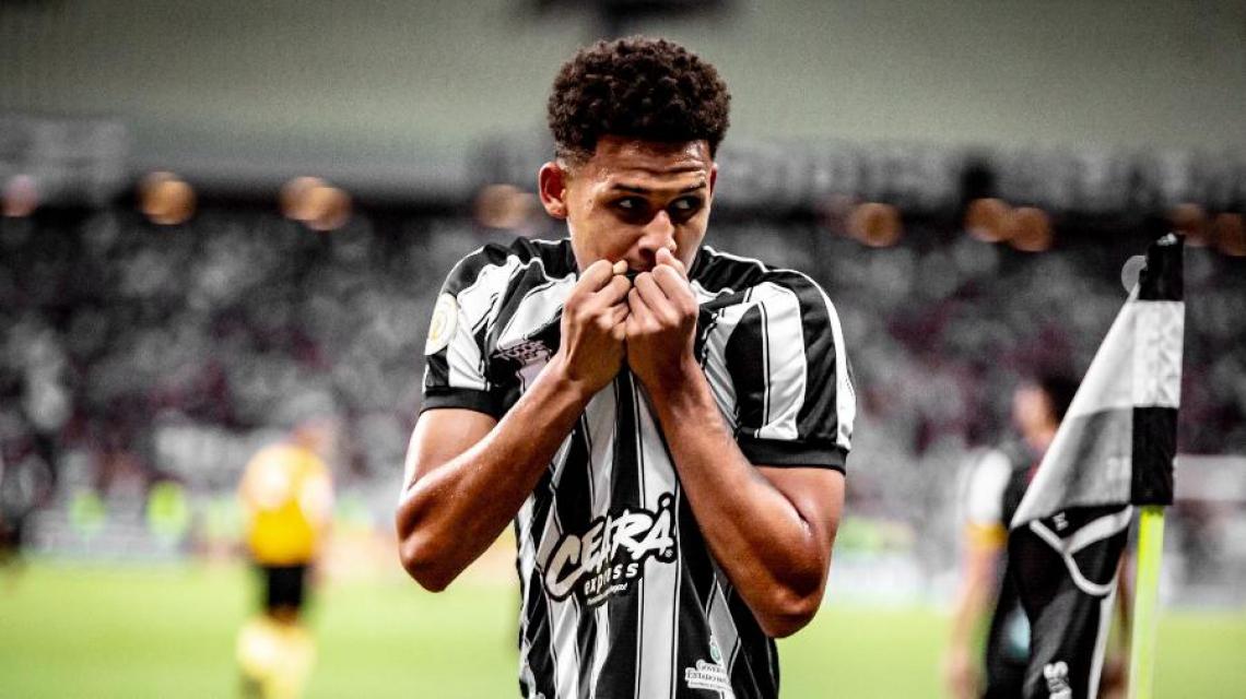 Felippe Cardoso fez gols importantes no Ceará, como o anotado no Clássico-Rei.
