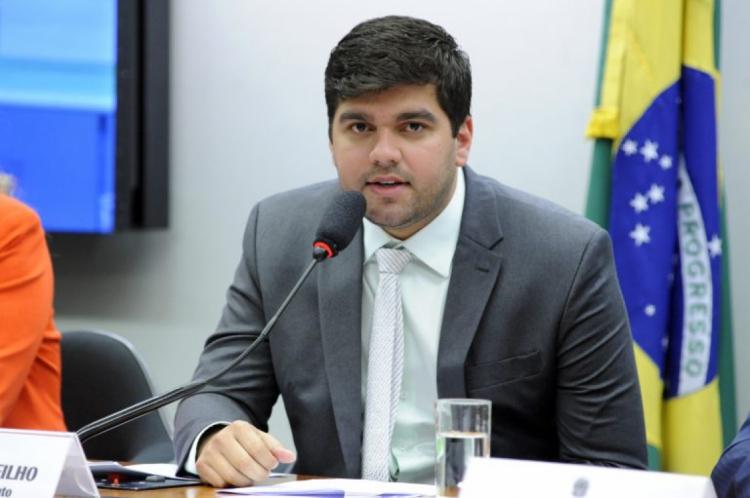 Deputado Marreca Filho, que apresentou substitutivo ao projeto aprovado