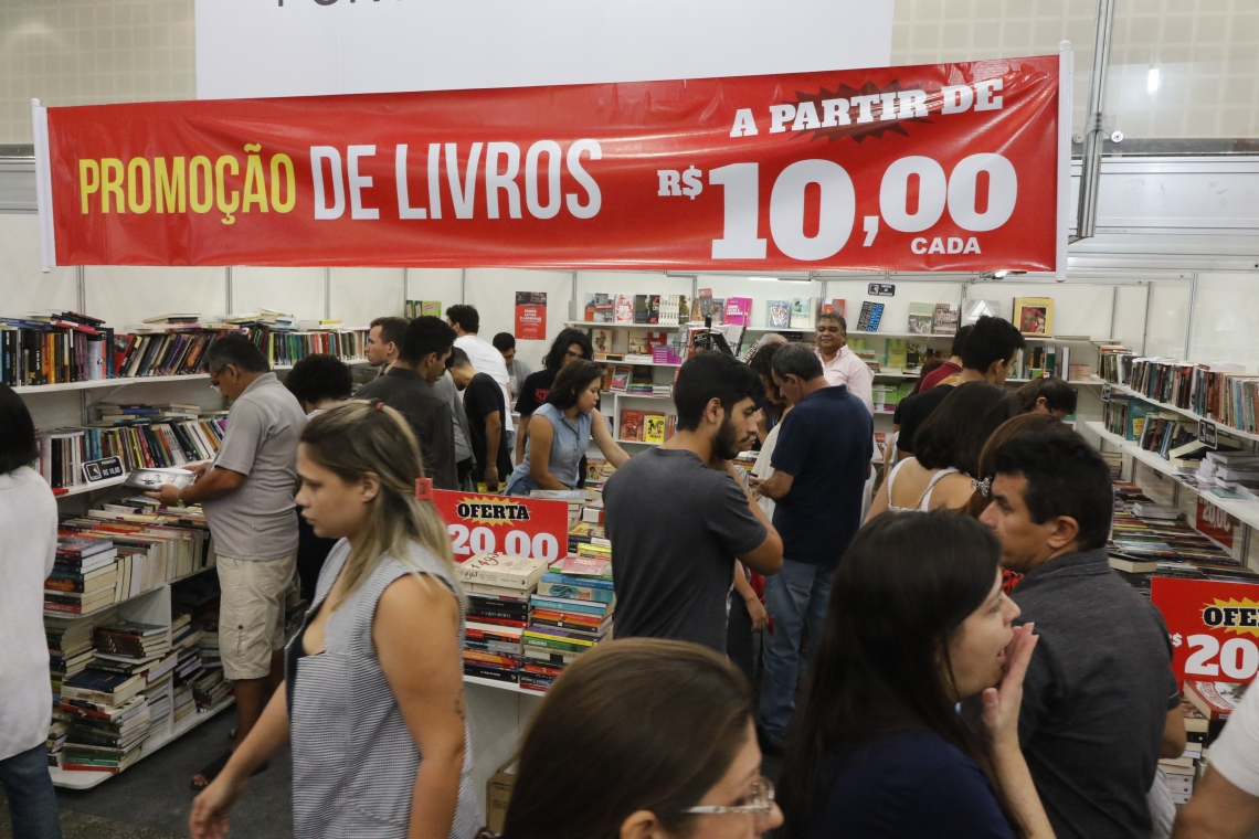 A XIII da Bienal Internacional do Livro do Ceará acontece até o próximo domingo, 245, no Centro de Eventos