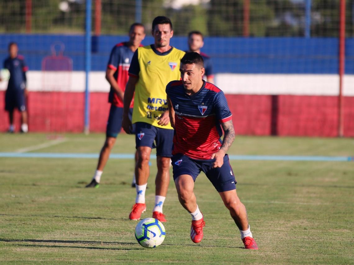 Mariano Vázquez vem mostrando boa técnica no Fortaleza.