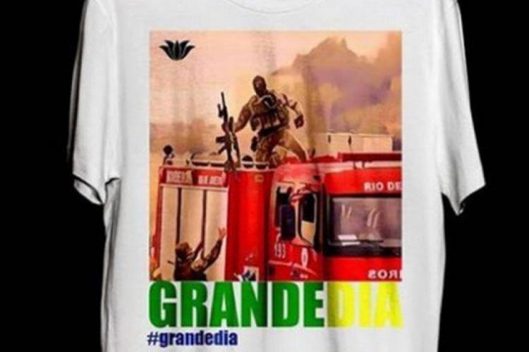 A camisa com foto do atirador de elite passou a ser vendida no mesmo dia do sequestro