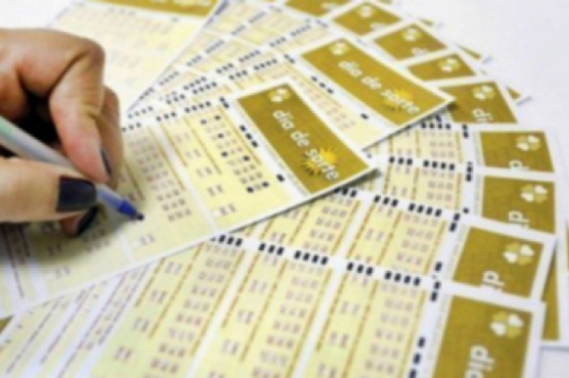 O sorteio da loteria Dia de Sorte Concurso 192 ocorreu na noite de hoje, quinta, 22 de agosto (20/08), por volta das 20 horas, quando o resultado foi conhecido. Confira.