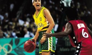 Ex-jogador de basquete e medalhista olímpica, Magic Paula é uma das atrações do seminário.