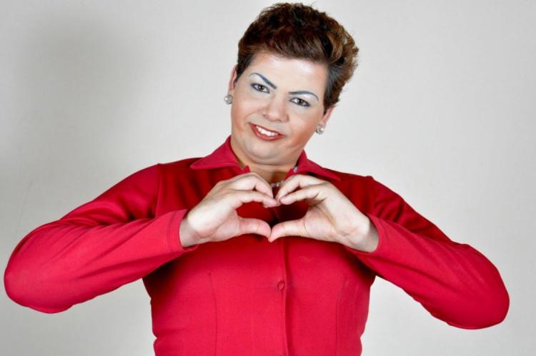 Gustavo Mendes é conhecido por interpretar Dilma Rousseff na internet