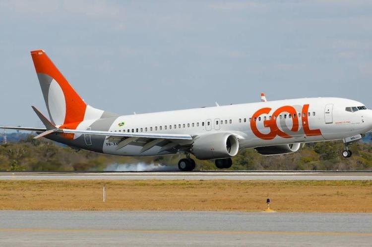 Os passageiros estão sendo informados pela Gol e agências de viagem, e acomodados em outros voos