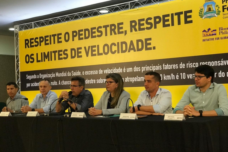 Campanha destaca respeito aos pedestres e aos limites de velocidade (Foto: Luana Severo/O POVO)