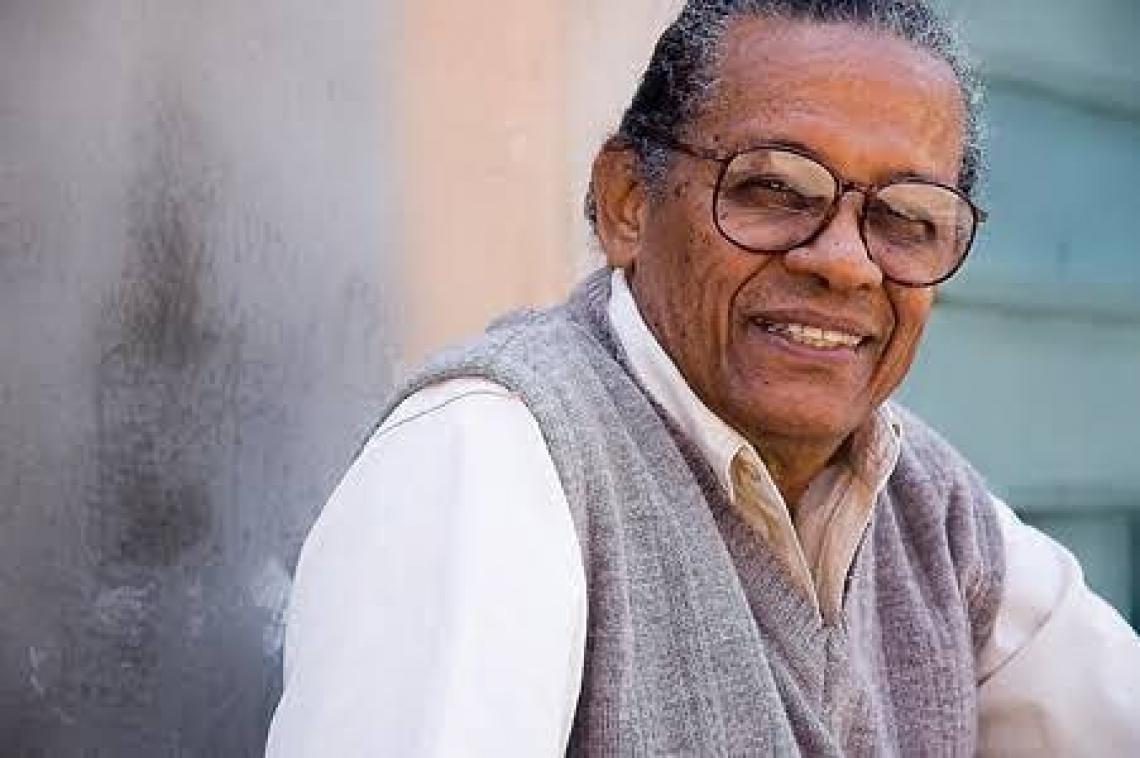 O cantor e compositor Elton Medeiros faleceu na madrugada desta quarta-feira, 4