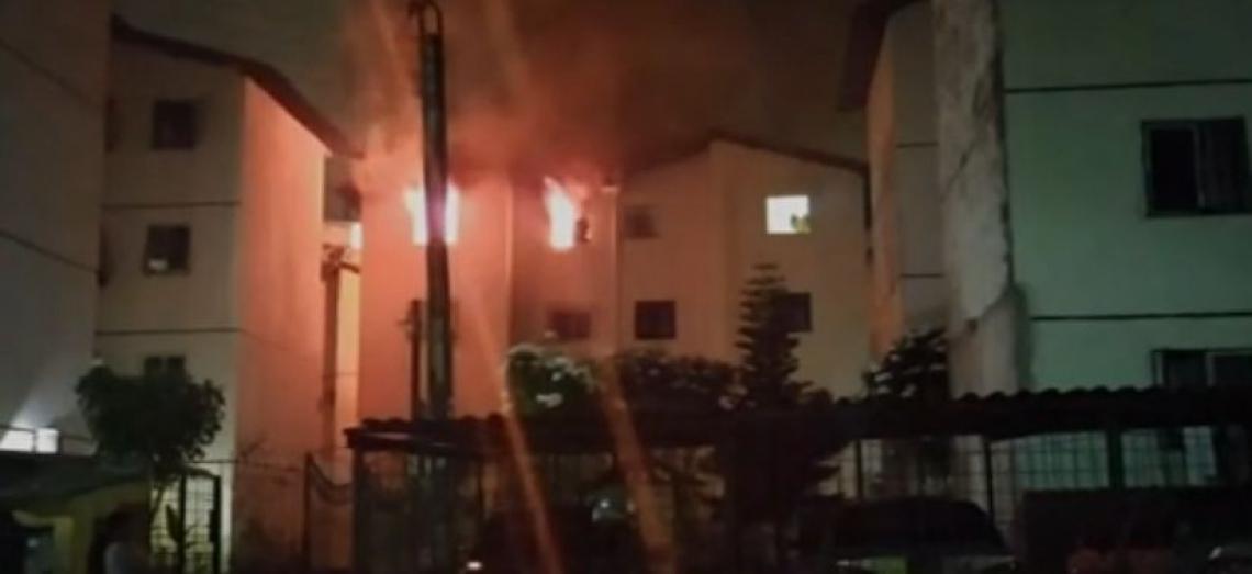 Estrutura do apartamento ficou abalada após incêndio